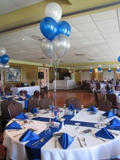 Party People Celebration Company - Special Event Decor Custom Balloon decor and Fabric Designs: First Communion Luncheon Eaglebrooke for boys. Class Reunion Decorations, Bbq Decorations, Balloon Decorations, Balloon Topiary, Graduation Table Centerpieces, Graduation Decorations, Communion Decorations, Reunion Centerpieces, Topiary Centerpieces