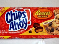 I hadn't actually thought about CASC in many years when I came upon their latest iteration in the cookie aisle: New Chewy Chips Ahoy With Reese's Peanut Butter Cups. I loved the original, and I love Reese's, so I obviously had to give them a try. Soft Peanut Butter Cookies, Peanut Butter Candy, Easy Delicious Recipes, Snack Recipes, Easy Recipes, Tasty, Chips Ahoy Cookies, Reese's Chocolate, Junk Food Snacks