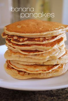 lizzy writes: banana pancakes