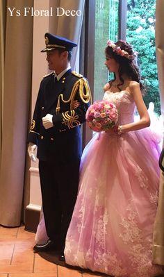 アニヴェルセル大宮さんで挙式ご披露宴の新婦さんより、当日のお写真をいただきましたので、ご紹介いたします。ピンク&ラベンダーのお色直し用ドレスに花冠&リスト...
