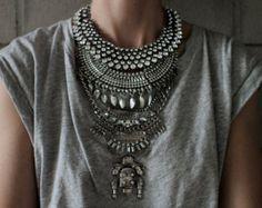www.cewax.fr love this statement necklace ethno tendance, style ethnique, #Africanfashion, #ethnicjewelry - CéWax aussi fait des bijoux : http://www.alittlemarket.com/collier/fr_collier_plastron_multi_rang_ethnique_en_tissu_africain_beige_prune_jaune_-15921837.html -  etsy