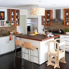 Maintaining a clean kitchen is easy with our step-by-step checklist.