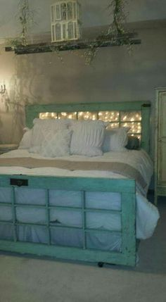 44 Vintage Nest Bedroom Decoration Ideas You Will Totally Love Repurposed Furniture bedroom Decoration ideas love Nest Totally Vintage Furniture Makeover, Diy Furniture, Repurposed Furniture, Repurposed Doors, Furniture Design, Rustic Bedroom Furniture, Salvaged Doors, Farmhouse Furniture, Shabby Chic Furniture