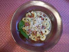 Seasonal Recipe Contest: Tortellini with Tomatoes and Basil Summer Salad     For dressing: use light Italian or balsamic vinaigrette.