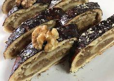 Karácsonyi Zserbó tekercs recept foto Vegan Treats, Healthy Treats, Party Desserts, Dessert Recipes, Holiday Dinner, Winter Holiday, No Bake Cookies, Sweet Recipes, Delicious Desserts
