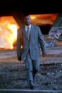 Man On Fire movie Fire Movie, Movie Tv, Actor Denzel Washington, Man On Fire, Los Angeles California, Older Men, Dress For Success, Black Power, Black People