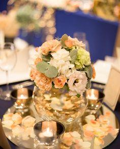 大きなガラスの『金魚鉢』を使ったゲストテーブル装花特集 | marry[マリー]