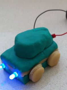 Play dough circuit (Surfing Scientist) # Pin++ for Pinterest #
