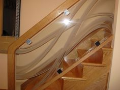 Beautiful Glass Stair Railing Design Examples To Inspire You : Wooden Staricase With Artistic Glass Railing And Wooden Handrails