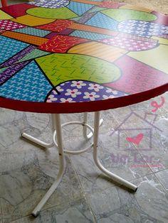 Um lar...: Minha mesa reformada com papel contact!!!! Post Atualizado