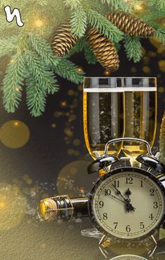 Happy New Year Greetings, Merry Christmas And Happy New Year, Christmas Wishes, Christmas Greetings, Christmas Time, Christmas Cards, New Year Clock, Happy New Year Pictures, Gold Wallpaper Background