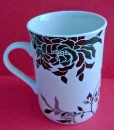 Sainsburys Porcelain Black & White & Grey Flower / Leaf Design Mug Ref: 990