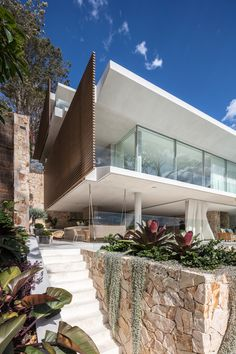 The Waterfront Retreat - Koichi Takada Architects - Sydney Residential Architecture, Amazing Architecture, Architecture Design, Timeline Architecture, Modern Architecture House, Facade Design, Concept Architecture, Landscape Architecture, New Modern House