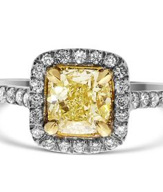 Fine Rings Fine Jewelry Hard-Working Diamond Three Stone Ring Vs1 Round Cut 0.81 Carat 18 Karat Yellow Gold Estate Vivid And Great In Style