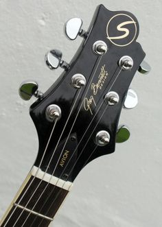 Headstock of a Samick Greg Bennett Avion LP