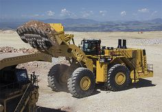 The largest wheel loader made by Caterpillar, the 994K