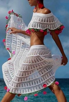 45 Denim Street Style Looks That Will Make You Look Great Stunning Outfits Crochet Bodycon Dresses, Black Crochet Dress, Crochet Skirts, Crochet Blouse, Crochet Clothes, Crochet Bikini, Crochet Outfits, Mode Crochet, Easy Crochet