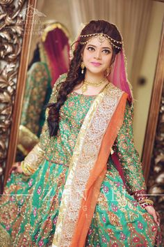 Mayoun Pakistani Formal Dresses, Pakistani Wedding Outfits, Pakistani Bridal, Bridal Outfits, Indian Bridal, Wedding Attire, Wedding Bride, Dream Wedding, Bridal Mehndi Dresses