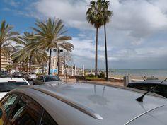 Un poco de agua pero ya esta el sol fuera. Que bien se vive en #Fuengirola. #diasdelluvia #playa #sol 👨#Familia Numerosa. Te acompaño en tu#Cambio💪#Plan personalizado#Vida sana#quierete mas#Trabajo#Viajes. Para#Fuengirola,#Malaga#España📲605026446