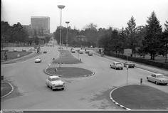 Genève, place des Nations: vue en direction de l'hôtel Intercontinental Direction, Place, Switzerland, The Past