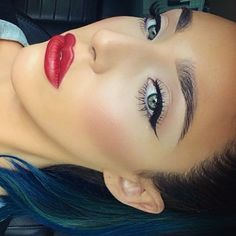 I love a clean look with dark ebony liquid winged eyeliner and sexy red lips & eyebrows #makeup #eyeliner #redlip