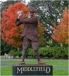 Enjoy a round of golf at Middlefield Golf Course in Cottage Grove, Oregon, just down the street from the Village Green Resort