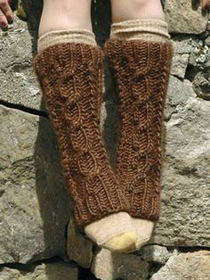 Bolt Legwarmers. Free pattern from Berroco