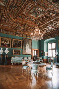 Baroque Architecture, Minimalist Architecture, Beautiful Architecture, Beautiful Buildings, Beautiful Places, Palace Interior, Interior And Exterior, Copenhagen Attractions, Famous Castles