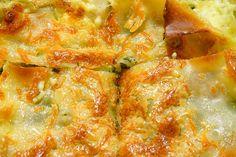 Le lasagne con zucchine e ricotta sono un' alternativa leggera alle lasagne classiche al profumo di menta e finocchietto.