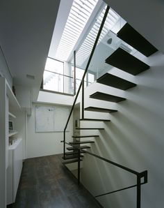 CASE218 空の家 Stairs, Interior, Home Decor, Stairway, Decoration Home, Indoor, Room Decor, Staircases, Interiors