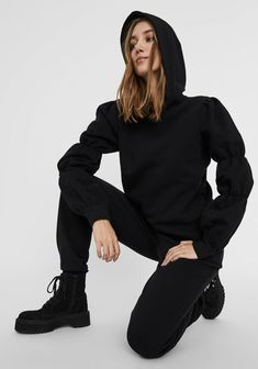 Hoodies, Sweatshirts, Black Hoodie, Pullover, Normcore, Turtle Neck, Sweaters, Trends, Style