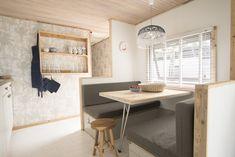 Binnen eten of buiten eten? Het maakt niks uit! Allebei de plekken zijn om van te genieten! #woonkamer #interieur #decoratie #glamping #stoerbuiten