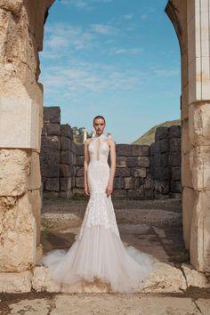 c8e33cef8f2 Wedding Dresses Inspiration   Stunning detail on this beautiful wedding  dress from Lian Rokman