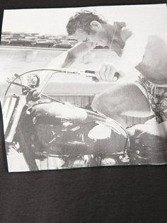 DOLCE & GABBANA - Steve McQueen printed t-shirt   #dolceandgabbana #dolcegabbana #t-shirts #black #mcqueen #tops   www.woman.jofre.eu
