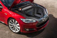 Украинский фермер собирается возить на Tesla Model S горячие обеды на поля