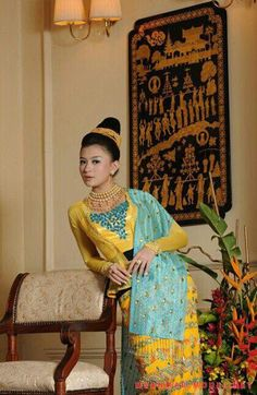 Traditional dress of Myanmar