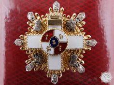 A Miniature Spanish Military Merit Order Star in Gold & Diamonds