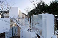 Tokyo Gas invited four Japanese architects to design the house of the future. The architects involved wereToyo Ito,Terunobu Fujimori,Sou Fujimoto,Taira Nishizawa.