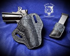 Black Shark and Blue Giraffe pancake holster with silver stitching for a 5 inch 1911