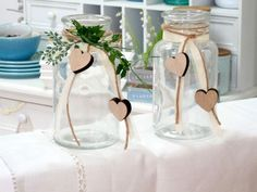 2 vases wedding vintage table top glasses heart deco birthday ANNA - Home Page Vintage Table Decorations, Heart Decorations, Birthday Decorations, Wedding Decorations, Vintage Wedding Hair, Wedding Vases, Diy Décoration, Vases Decor, Anna
