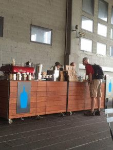 Blue Bottle Coffee (ブルーボトルコーヒー)がいよいよオープン|個と場(COtoBA)のデザイナー