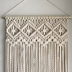 Macrame Pattern Written PDF by Elsie Goodwin/Reform FibersMacrame Patterns/Macrame Pattern/ Macrame Wall Hanging Pattern/DIY Macrame Pattern/Craft/Name: Four of DiamondsThis Macrame Wall Hanging Pattern seems to be a shop favorite.best 25 how to macrame i Macrame Design, Macrame Art, Macrame Projects, How To Macrame, Micro Macrame, Knots Guide, Macrame Wall Hanging Patterns, Free Macrame Patterns, Macrame Curtain