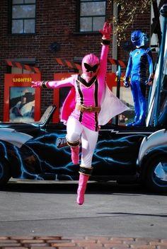 Vida! Power Rangers Mystic Force, Pink Power Rangers, Power Rengers, Girl Power, Power Rangers Cosplay, Go Busters, American Series, Geek Culture, Fangirl