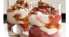 Opskrift: Denne sunde rabarberkompot fungerer både som en lækker dessert, men kan også spises til morgenmad