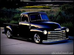 Sharp old Chevy pickup truck. LOVE.