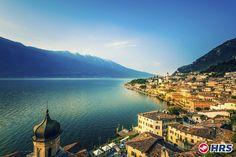Als eine der schönsten Regionen Italiens bekannt, findet man rund um den #Gardasee malerische Bergketten, frische Seeluft, idyllische Zypressen und Olivenhaine. Euer #Hotel Rosmari empfängt euch mit der berühmten italienischen Gastfreundlichkeit. Bucht dieses einmalige Angebot für nur 39€ zu zweit.
