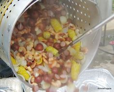 BonnieProjects: Low Country Boil for a Crowd {Recipe}