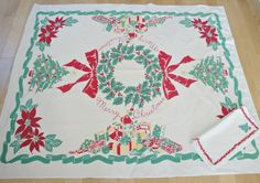 Christmas Tablecloth - Wreath and Presents - Click Image to Close