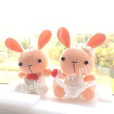 crochet weddings rabbit #dukdikshop #crochet #ตุ๊กตาถักไหมพรม #rabbit #bunny #weddings