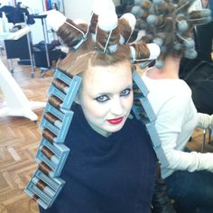 No LInk so the Picture is more like and Idea to use. These are Kevin Murphy Rollers & U can purchase them on his website. - Backstage for Kevin Murphy (Hair: dominic Vleer)